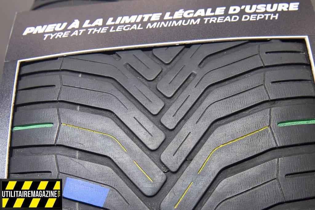 pneus usés, attendez le témoin d'usure avant de les changer