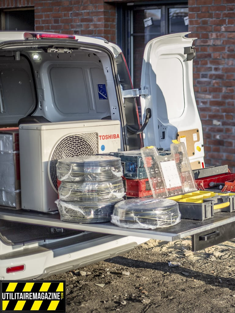 Une accessibilité totale pour la benne de votre véhicule utilitaire avec ce plancher coulissant comme un tiroir