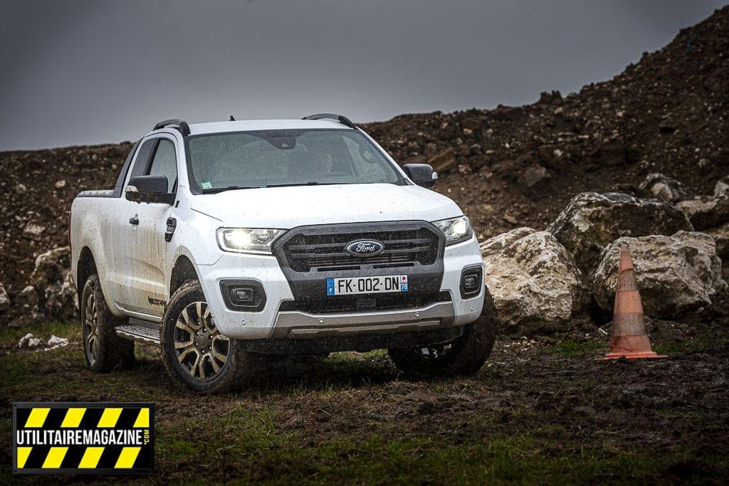 Le Ford Ranger sera le partenaire de tous vos chantiers difficiles d'accès.