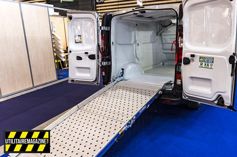 Les rampes de chargement permettent de charger et décharger plus facilement son utilitaire avec un diable ou des rolls, des roulantes, des flightcases, etc.