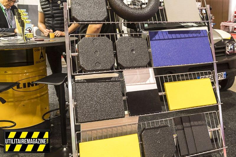 Le Line X peut être coloré en différentes teintes et se projette en épousant parfaitement les formes les plus diverses