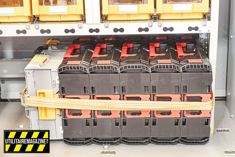 Indispensable, l'emplacement pour mallettes d'outils électroportatifs ou de pièces détachées.
